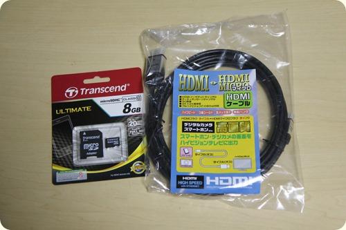 microSDとmicro HDMIケーブル